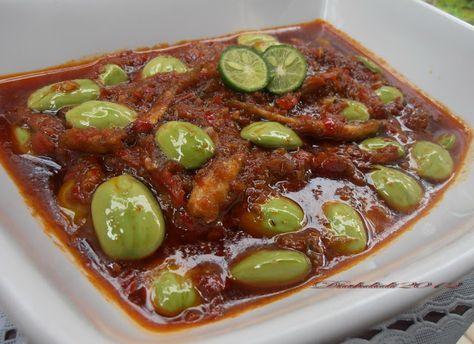 Diah Didi's Kitchen: Sambal tumis petai dan teri