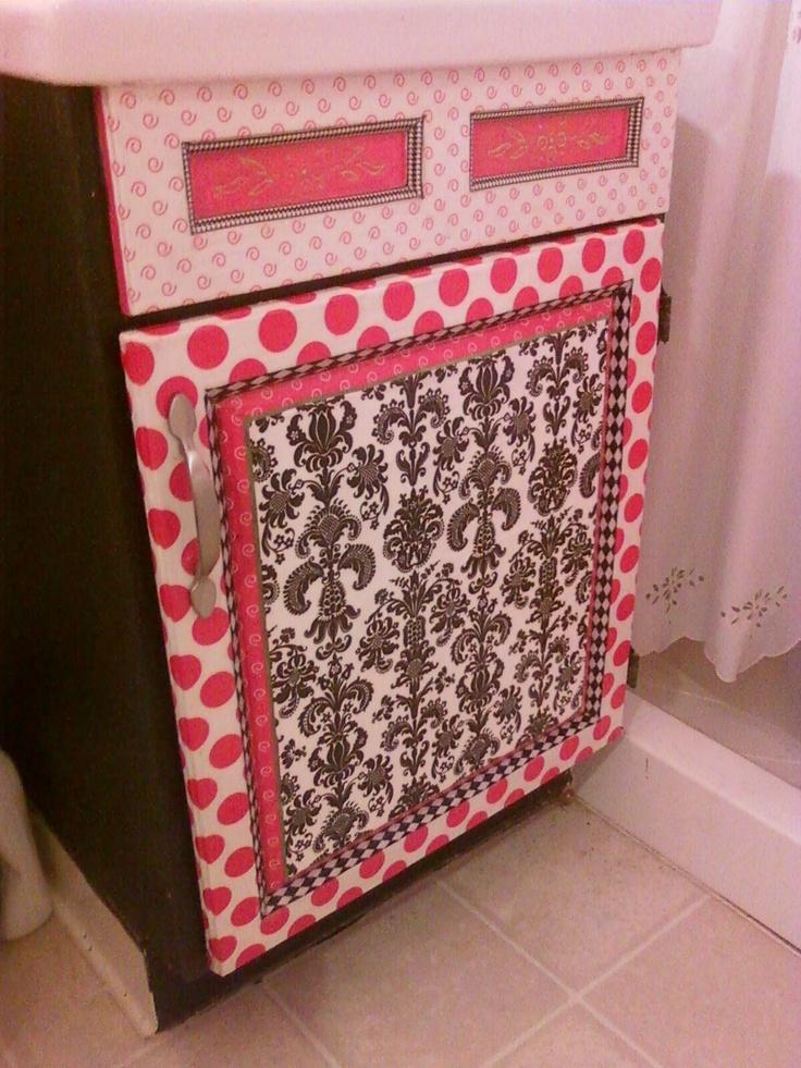 fascinating hot pink black bathroom | 26 best images about Marilyn Monroe Bathroom on Pinterest