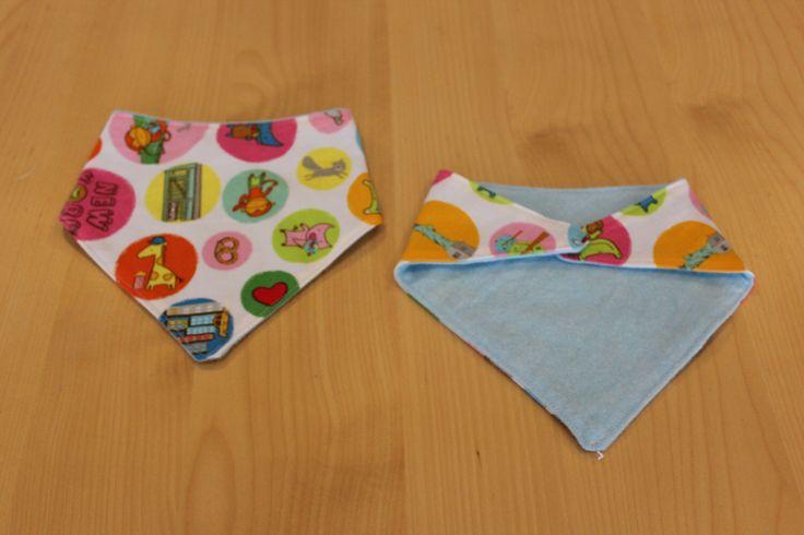 New York/ The Big Apple baby bandana/ dribble bib, available from my Etsy shop https://www.etsy.com/au/listing/243629886/reversible-bandana-bib-the-big-apple