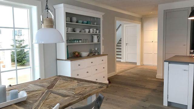 Ein Blog über den Bau eines Schwedenhaus von Rörvikshus im New England Stil, entworfen von Heidi Mikalsen.