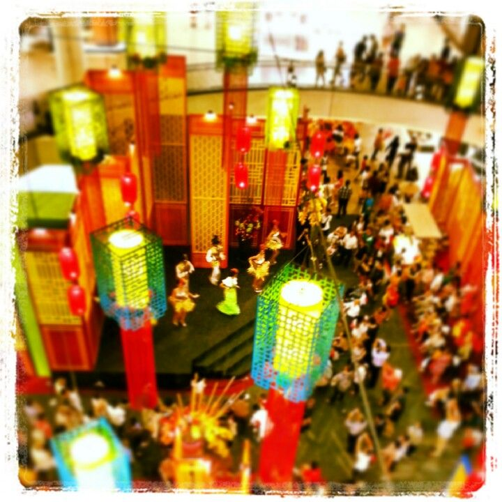 Chinese New Year themed performance at #Midvalley Megamall #KualaLumpur