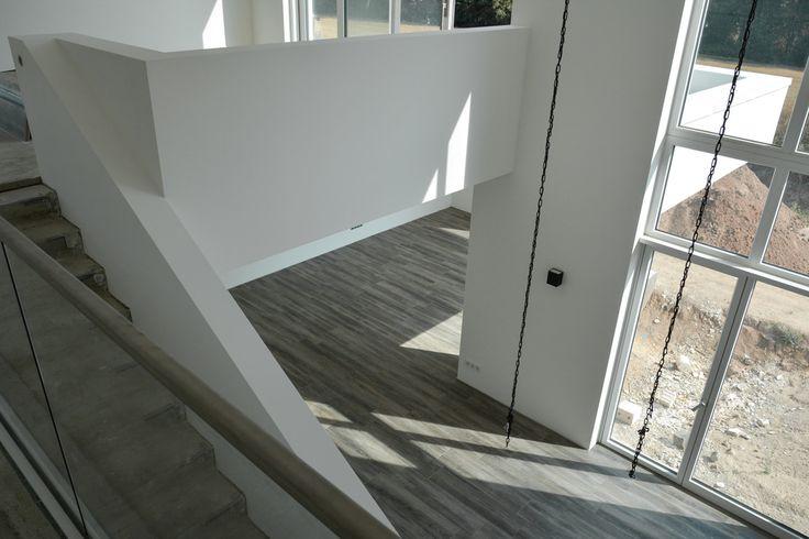 Wunderfschönes Haus - wunderschöner Luftraum - zu sehen auf: steinaufstein.info