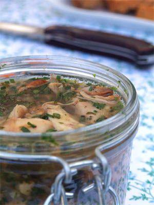 Terrine de lapin en gelée de cidre aux herbes de printemps - Cuisine Campagne