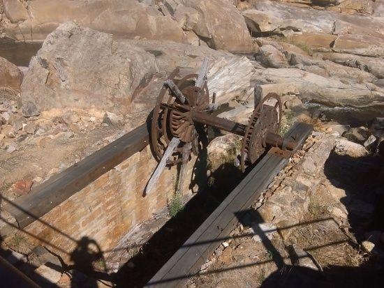Adelong Falls and Gold Ruins - https://jimslifelog.files.wordpress.com/2015/04/imag0110.jpg