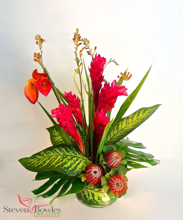 Modern tropical arrangement. Designed by Steven Bowles Creative, floral and event designer, Naples, FL www.stevenbowlescreative.com