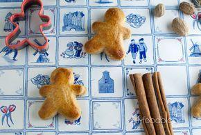 Zelf authentieke Nederlandse taai taai maken? Met dit recept maak je zelf deze heerlijke Sinterklaas traktatie! Smaakt precies zoals taai taai bedoeld is.