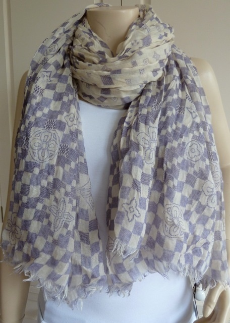 7b9020e17 42 best Louis Vuitton Scarf images on Pinterest | Louis vuitton scarf,  Scarfs and Louis