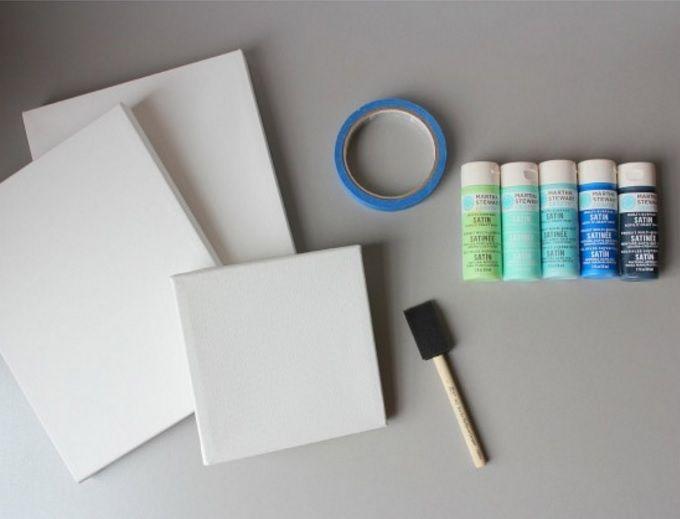 Alacağınız boş kanvas tabloları istediğiniz renkte boyayabilirsiniz. Farklı şekillerdeki tabloları bir araya getirdiğinizde ortaya rengarenk bir görüntü çıkıyor. İster örnekteki gibi