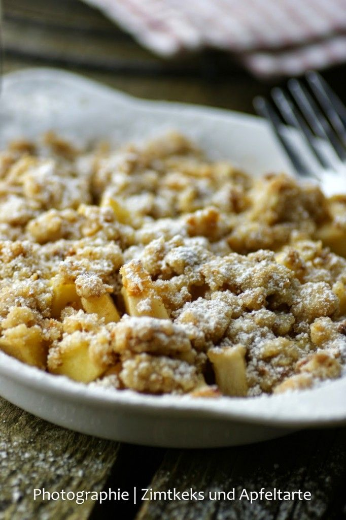Apple-Crumble mit Cantuccini-Streuseln und Mascarponecreme