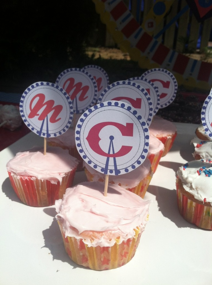 Pink lemonade cupcakes for state fair themed party