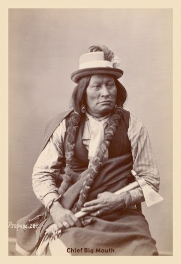 "he hand written caption says ""Arapaho"". I assume that the caption ""Chief Big Mouth"" has been added later.    And here we have him again, these photos were shot by Gardner in 1872. Big Mouth was a member of an Arapaho Delegation. Big Mouth - I think he was a great orator:"