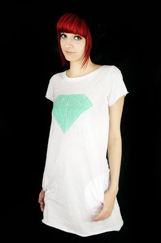 Mintunvihreitä timsuja! #diamond #cybershop #tunic #mintgreen #pastel #fashion