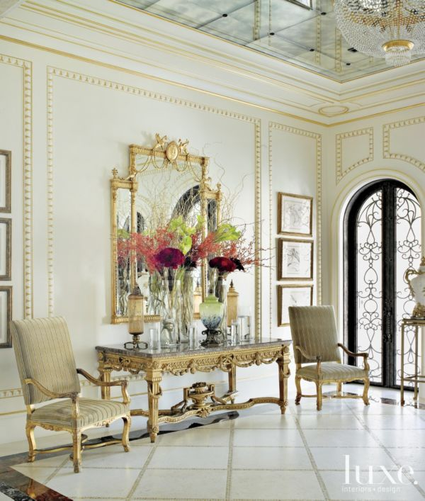 Best 25 mirror ceiling ideas on pinterest mirror walls for Classic foyer design