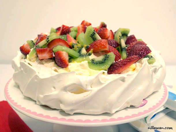 ... cream for whipping 1 punnet strawberry 2 kiwi fruits 1 passion fruit