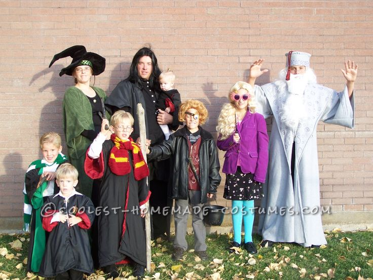 Coolest Harry Potter Family Halloween Costume... This website is the Pinterest of costumes