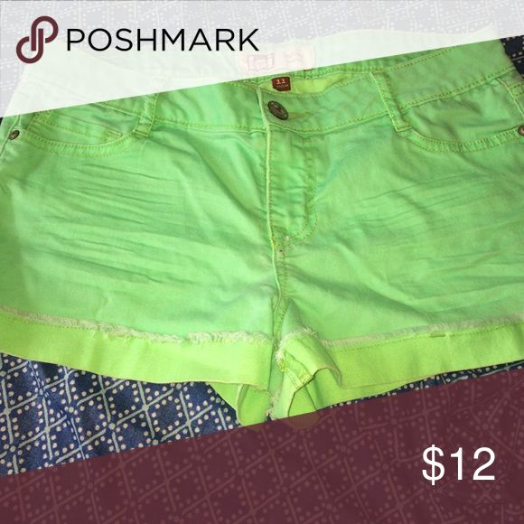💓 BEST OFFER 💓 Lime green shorts Bright lime green shorts cute for summer l.e.i Shorts Jean Shorts