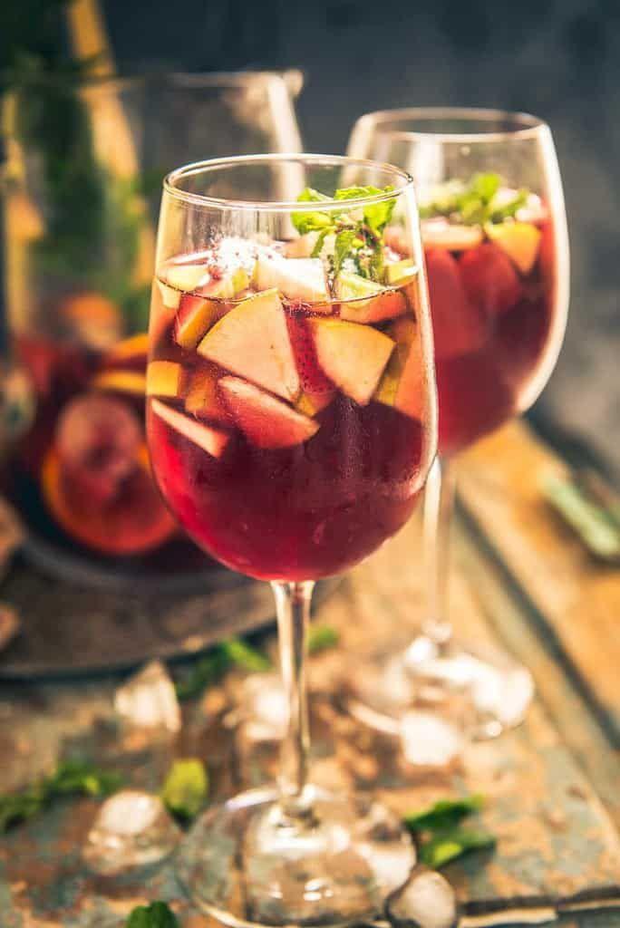 Red Wine Sangria Recipe, Red Sangria Recipe, Traditional sangria recipe, brandy for sangria, sangria mix, Spanish Sangria recipe