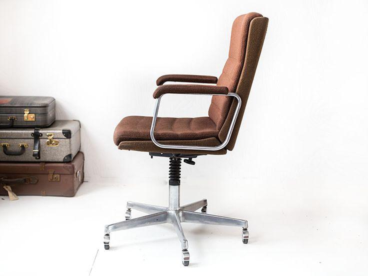 Zeer comfortabele vintage bureaustoel | Vintage Furniture Base