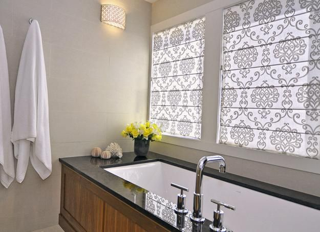 www.limedeco.gr A modern bathroom with different romans