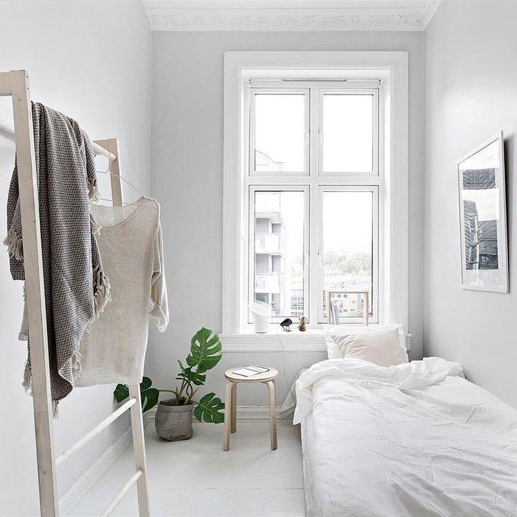 Bedroom Art Desk: Best 25+ Small Desk Bedroom Ideas On Pinterest