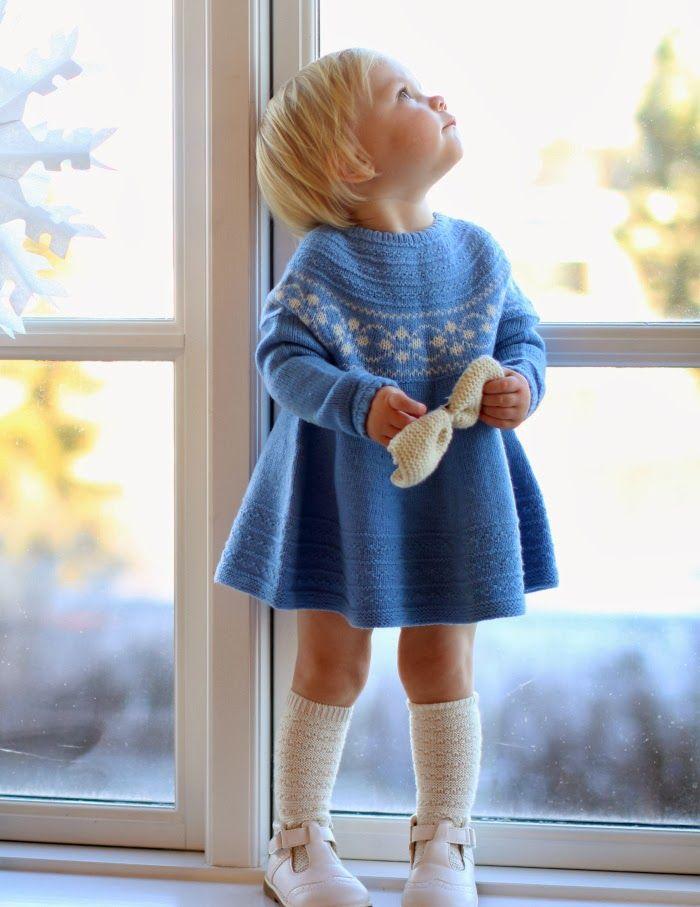 365 saker du kan sticka: Søt barnkjole.