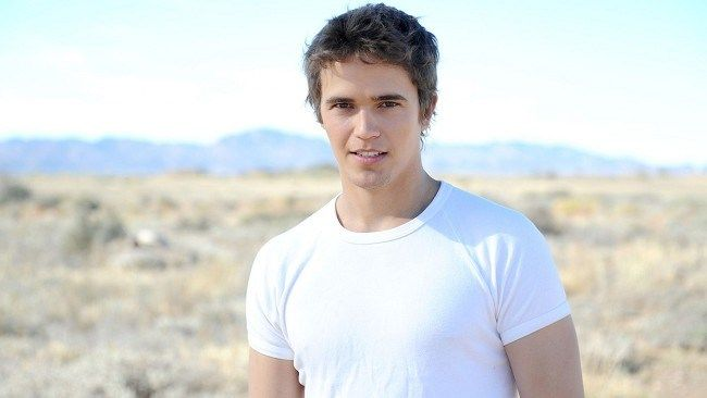 Nic Westaway as Kyle Braxton.  2012 - Current