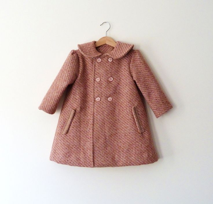 Girls Wool Coat in Pink Features Peter Pan Collar\\