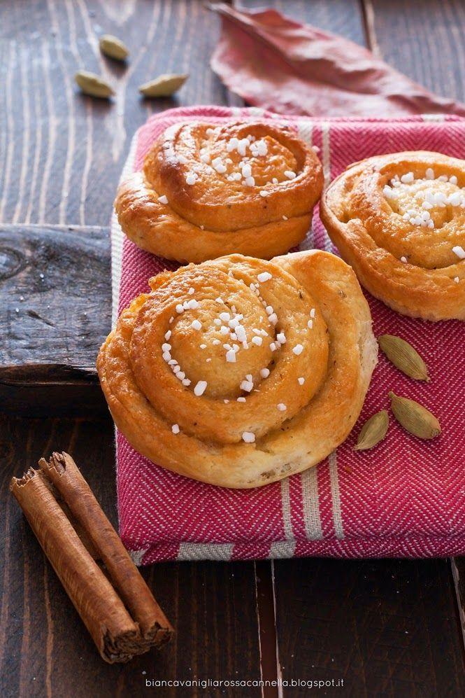 Swedish cinnamon rolls/ Girelle svedesi alla cannella