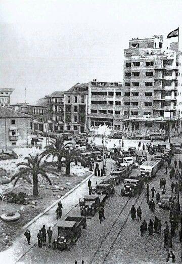 Calle Arguelles,Plaza el  Carbayon.año 1939