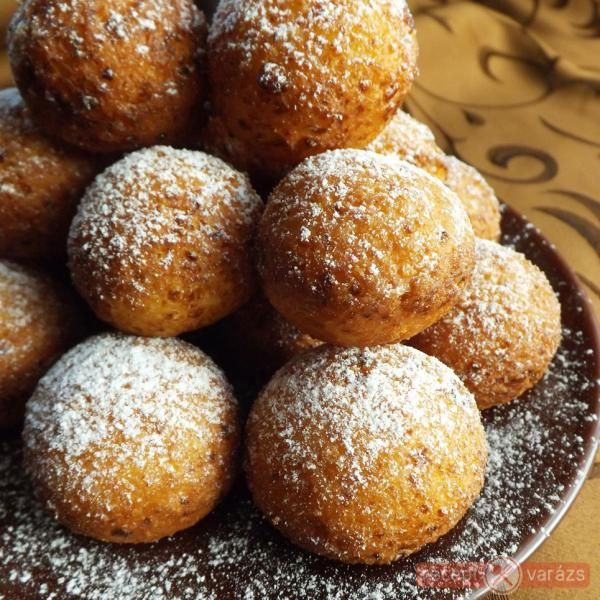 Egyszerű túrófánk http://www.receptvarazs.hu/receptek/recept/egyszeru_turofank_recept