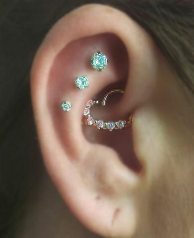 Swarovski Crystal Cartilage Earring Jewelry - Constellation Piercing - MyBodiArt.com - 16G Tragus Piercing, Cartilage Earring, Helix Stud, Triple Forward Helix Piercing, Conch Earring, Labret Stud, Philtrium Stud, Monroe Piercing, Internally Threaded Silver Jewelry