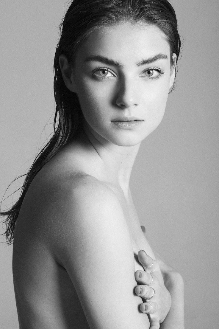 171 best Portrait images on Pinterest   Beautiful people ... Wallpapers Vika Levina