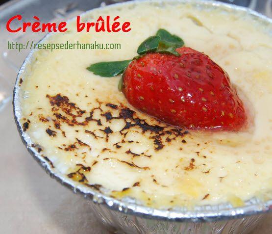 Resep Crème brûlée Sederhana kita kali ini adalah panganan penutup berupa custard yang tekstrunya lembut dan ringan, sweet-savory dengan proses karamelisasi menggunakan cooking torch