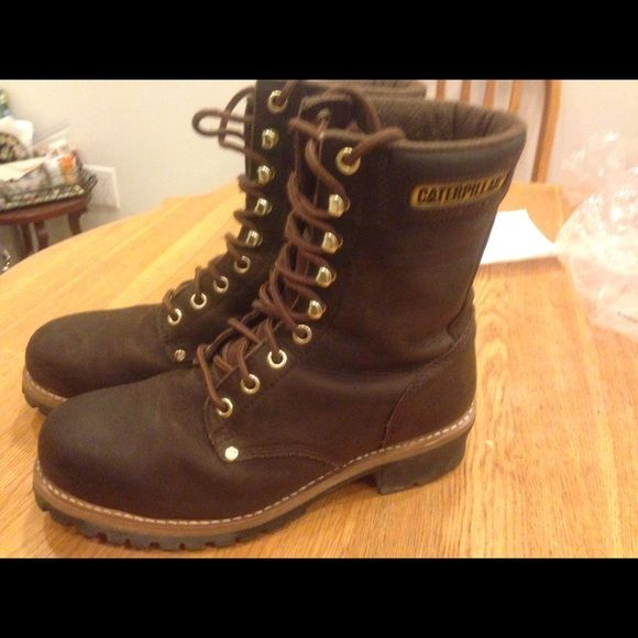 Mens Caterpillar boots Great condition barely worn Catapillar Shoes Combat & Moto Boots
