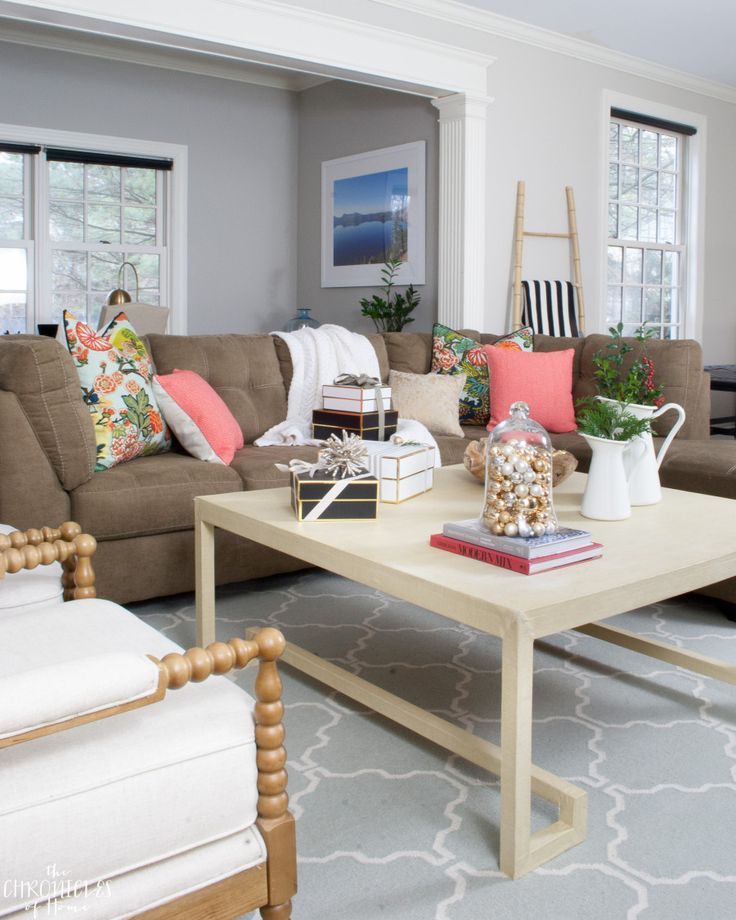 17 Best Ideas About Kitchen Living Rooms On Pinterest: 17 Best Ideas About Casual Family Rooms On Pinterest