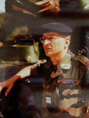 74e Le Colonel Michel Galerie des chefs de Corps 2RH