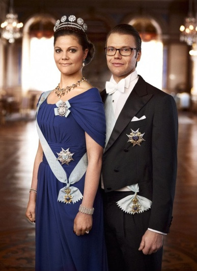 New Portrait of Sweden's Crown Princess and Prince
