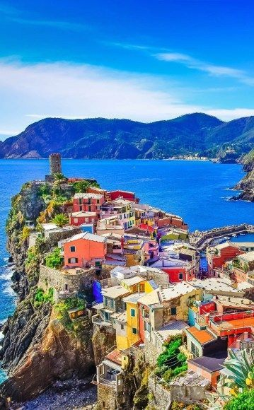 Amazing colorful view of Vernazza. #Vernazza #Italy #Travel #Vacation