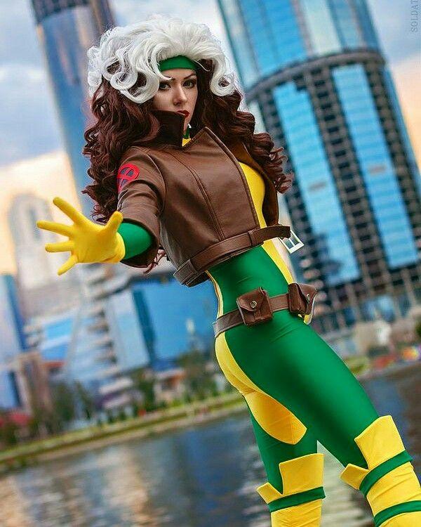 Perfect #rogue #xmen #marvel #victhebeardeddragon #cosplay #cosplaygirl…