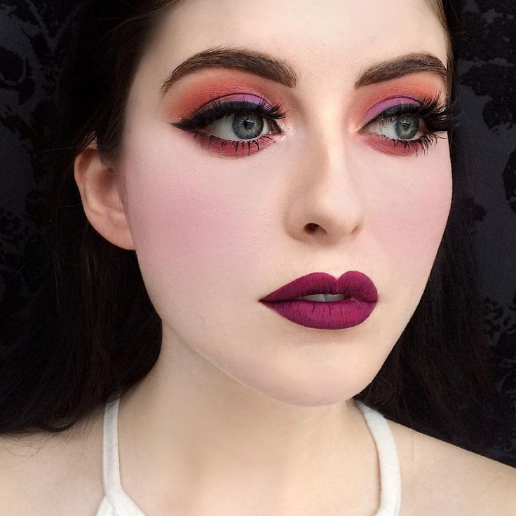 Colorful Fall Makeup using the kat von d mi vida loca remix palette on the eyes, kat von d metal crush eyeshadow in thunderstruck as a highlight, and mac nightmoth lip liner with kat von d bauhau5 liquid lipstick on the lips.