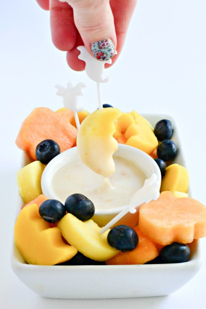 A creamy nondairy yogurt to dip your favorite Halloween-shaped fruits into--this Halloween Fruit Dip is the perfect thing to serve for your next party.