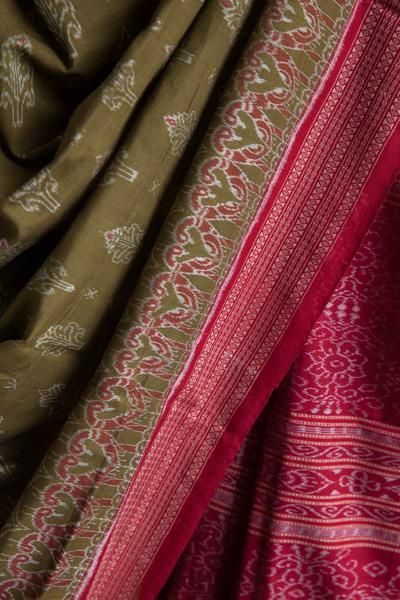 #Olive #Tie and #Dye #Saree #handwoven #cotton #odisha #nuapatna