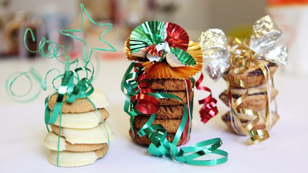 Gift wrapping food gifts