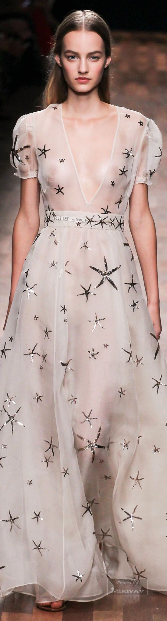 Ha! Looks like Valentino makes nursing wear now!  | Valentino.Spring 2015.Sweet valetino dress !