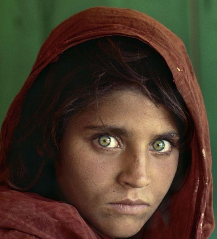 Augenfarbe Bedeutung portait helle augen india