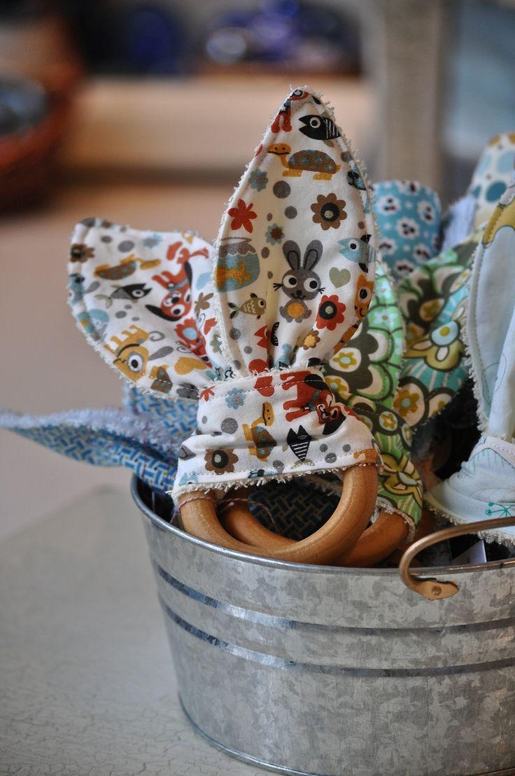 Bookas baby accessories - organic teething ring