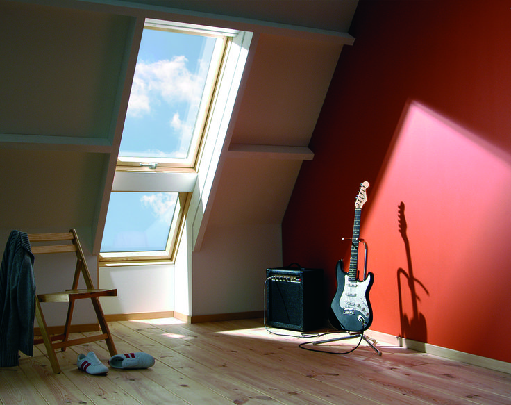 Rock out with your guitar under the stars and dance like no one is watching! #bedroom #guitars #musician #roofwindows #pinewindows #doubleglazed #daylight #raisedaxis