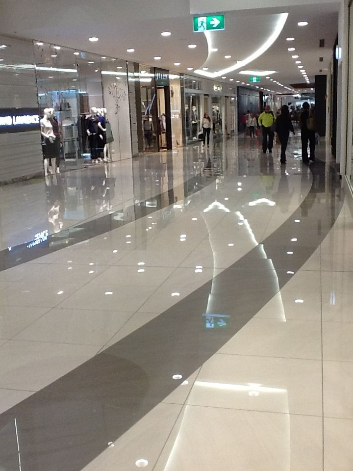 Indooroopilly Shopping Centre Refurbishment - Gloss floor tiles