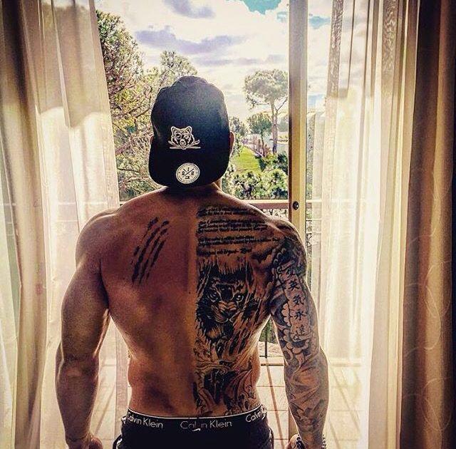 50 Fitness Tattoos For Men: Best 25+ Men Back Tattoos Ideas On Pinterest