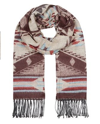 Blanket scarf-Accessorize  http://uk.accessorize.com/view/product/uk_catalog/acc_14,acc_14.3/6871491100#